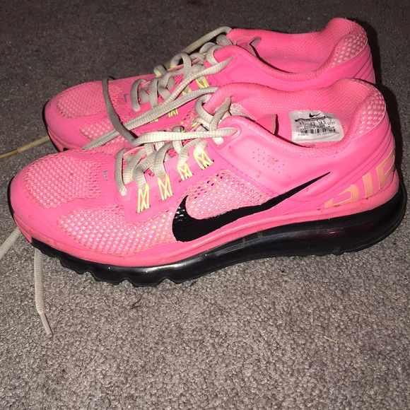 Nike AirMax hot pink